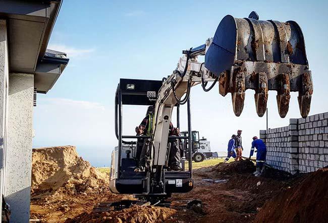 25D MCM Excavator South Africa Feeler Yanmar Kubota 01