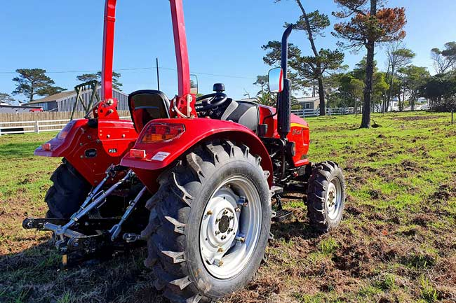 DF404-Dongfeng-Tractor-South-Africa-Agricultural-Trekker-40HP-4x4-2