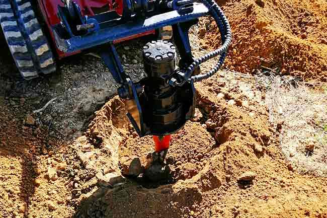 MS30 Mini Skidsteer with auger