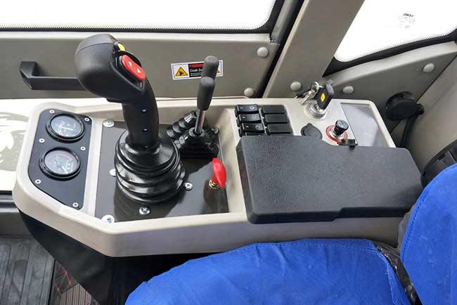 MCM 16RS Laaigraaf Cabin